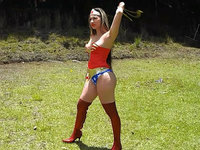 New Age Superheroines superheroines